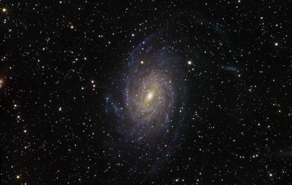 Pavo Galaxie NGC6744